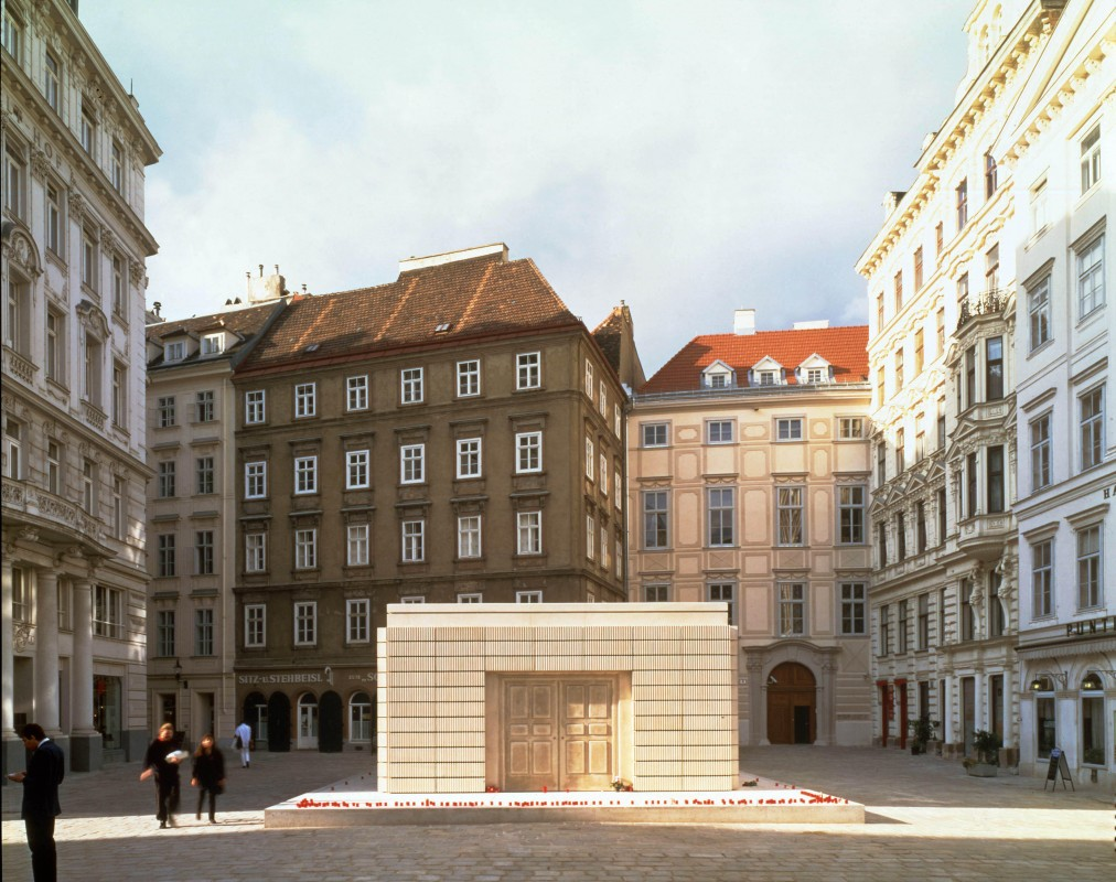 1995-2000 Judenplatz, Vienna, mixed media, 3.8 x 7 x 10 m