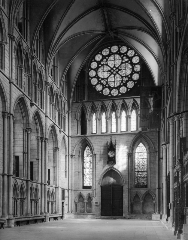 <i>interior of north transept</i>.